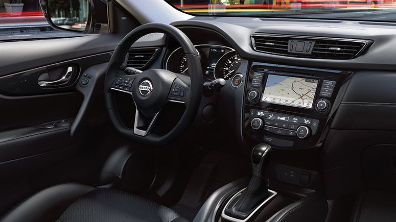 nissan-rogue-steering-wheel-feature