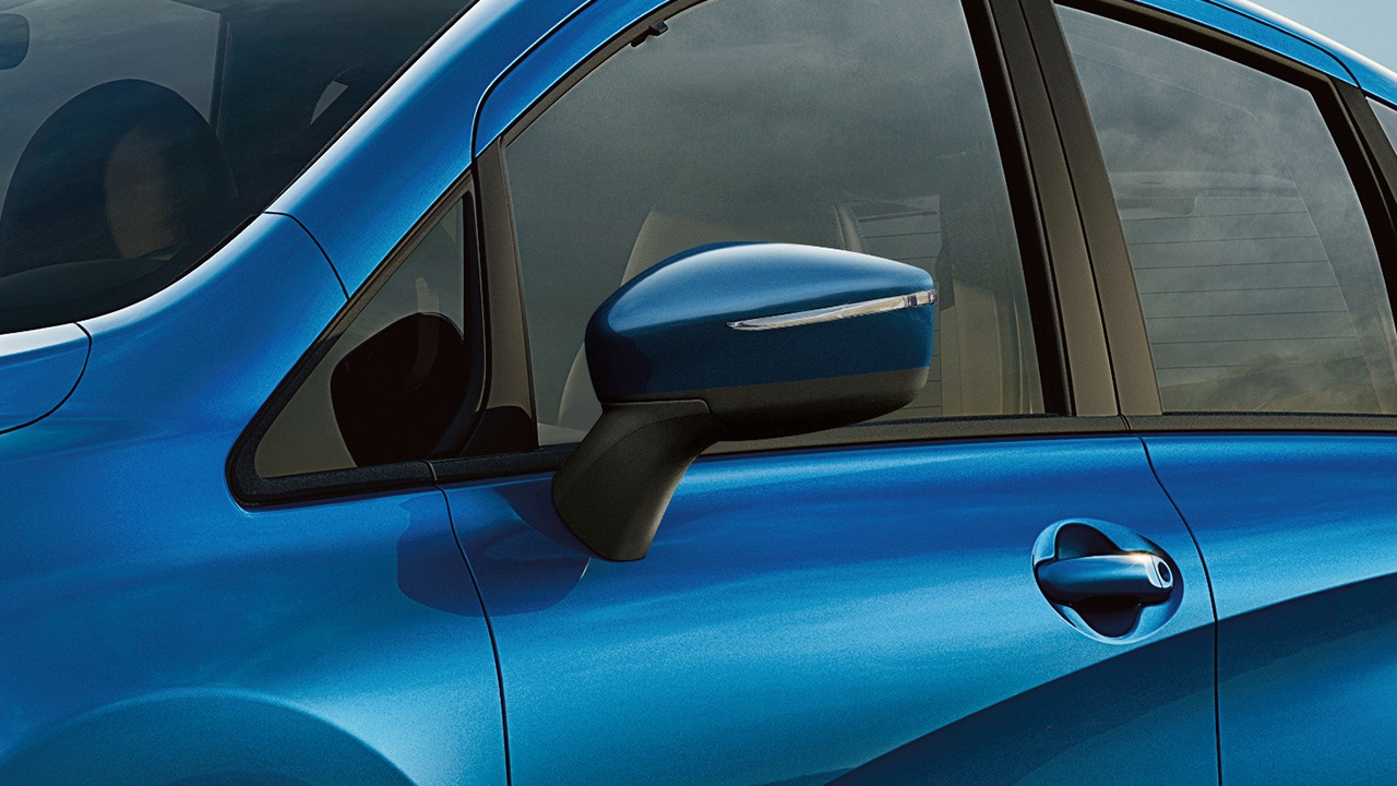 nissan-versa-note-side-mirrors-1
