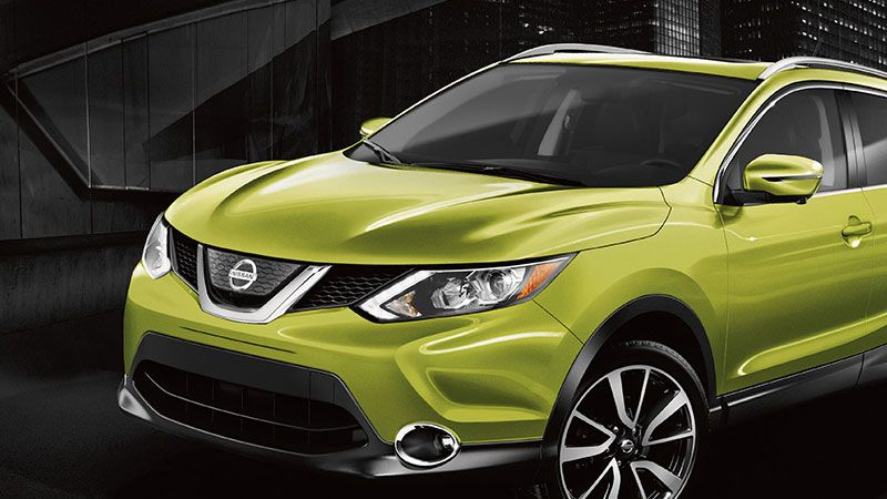 nissan-qashqai-lights-green